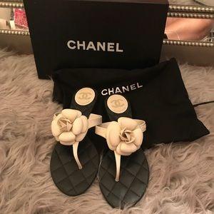 Chanel sandels